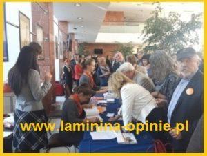 kolejka przed wejściem na event - laminina opinie